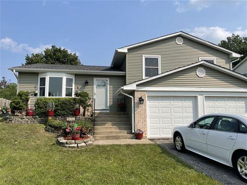 1695 Berkshire, Glendale Heights, IL 60139