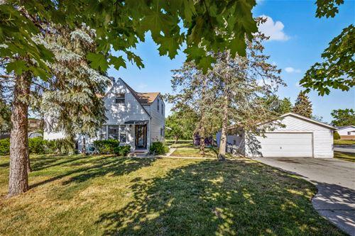619 Woodview, Elk Grove Village, IL 60007