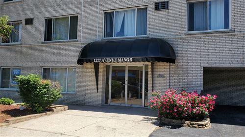 1227 S Harlem Unit 415, Berwyn, IL 60402