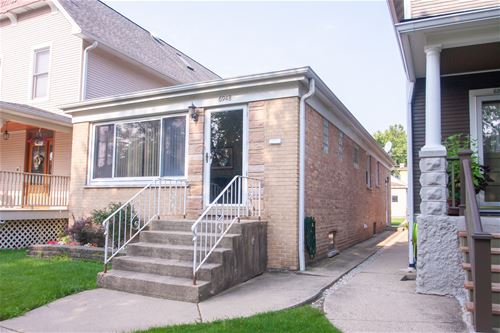 6948 N Overhill, Chicago, IL 60631
