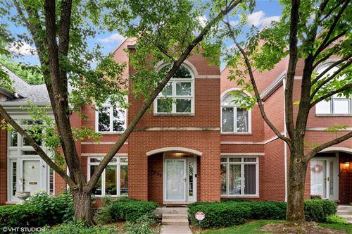 5935 N Sauganash, Chicago, IL 60646