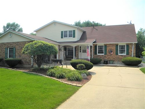 118 N Conover, Yorkville, IL 60560