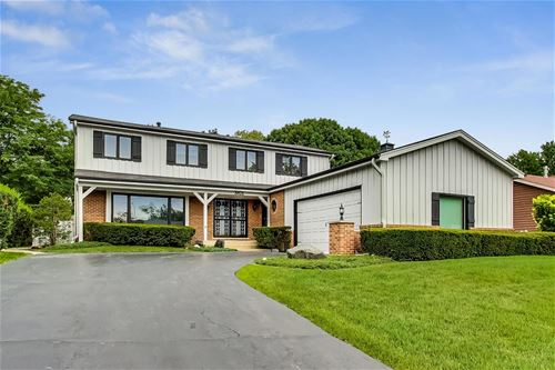 3821 Belleaire, Downers Grove, IL 60515