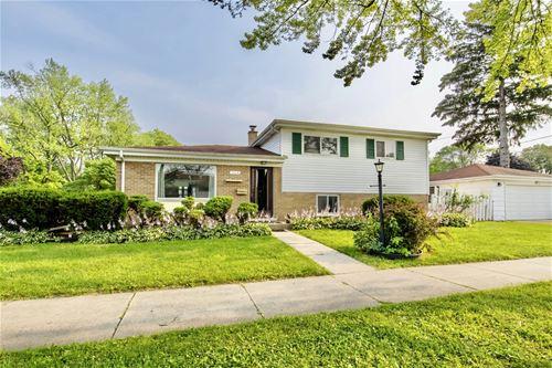 1704 Maple, Des Plaines, IL 60018