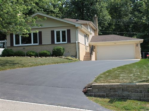 253 Indian, Lake In The Hills, IL 60156