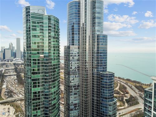 1211 S Prairie Unit 1305, Chicago, IL 60605