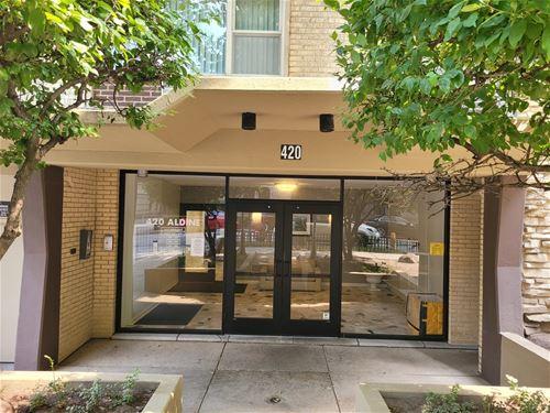 420 W Aldine Unit 520, Chicago, IL 60657