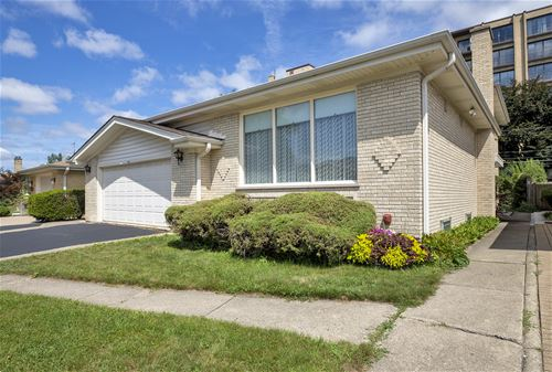 4620 W Fitch, Lincolnwood, IL 60712