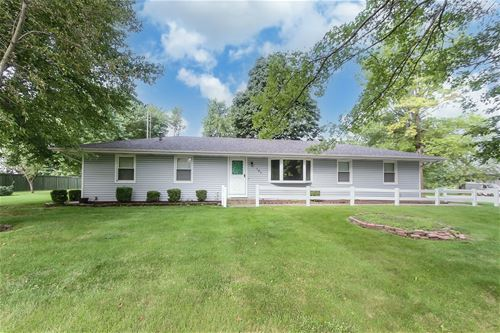 101 Parkway, Yorkville, IL 60560