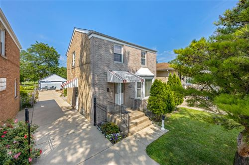 6246 W Eastwood, Chicago, IL 60630