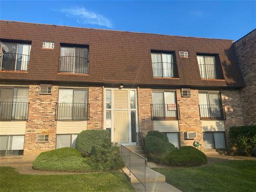 173 N Waters Edge Unit 202, Glendale Heights, IL 60139