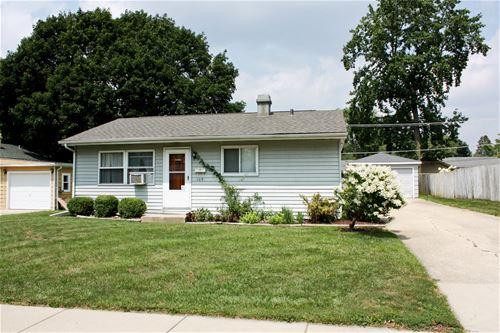 109 Hickory, Carpentersville, IL 60110