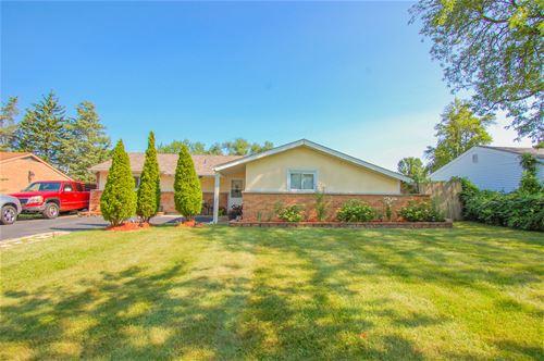 112 Cypress, Bolingbrook, IL 60440