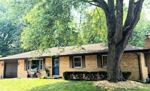 820 Birchwood, Sycamore, IL 60178