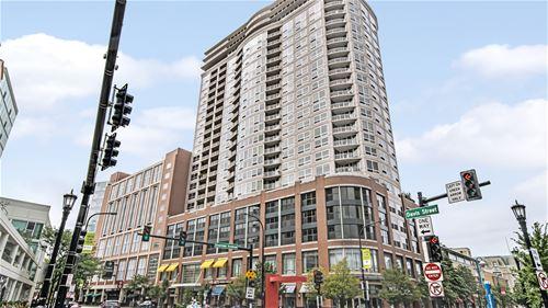 807 Davis Unit 1006, Evanston, IL 60201