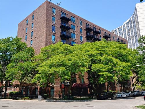 3900 N Pine Grove Unit 610, Chicago, IL 60613