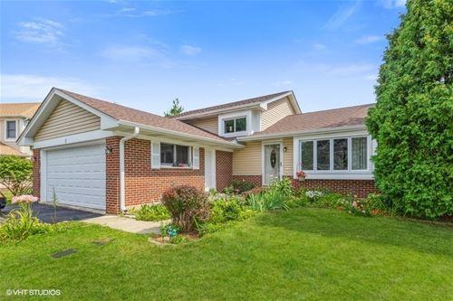 5 Hickory Oaks, Bolingbrook, IL 60490