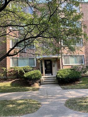 1825 W Granville Unit 4B, Chicago, IL 60660