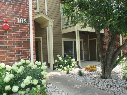 105 Glengarry Unit 107, Bloomingdale, IL 60108