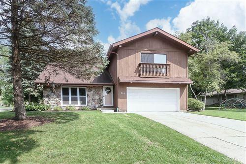 619 Greenbrier, Crystal Lake, IL 60014