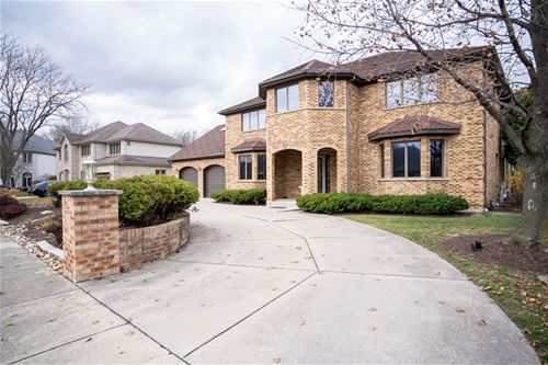 34 Founders Pointe, Bloomingdale, IL 60108
