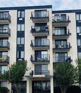 9128 W Terrace Unit 1I, Niles, IL 60714