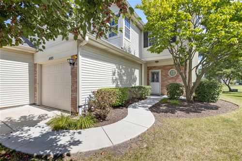 1495 Golfview, Glendale Heights, IL 60139