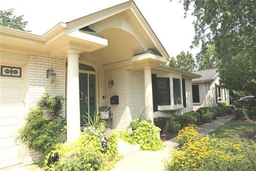 614 S Dwyer, Arlington Heights, IL 60005
