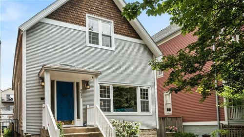 3033 N Kenmore, Chicago, IL 60657