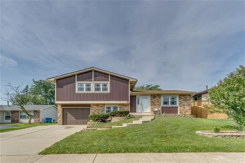 10 W Wrightwood, Glendale Heights, IL 60139