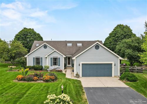 39W124 Harty, St. Charles, IL 60175