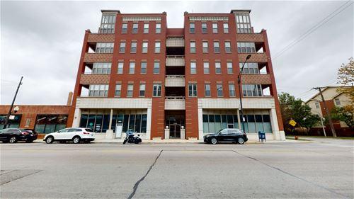 2700 W Belmont Unit 202, Chicago, IL 60618