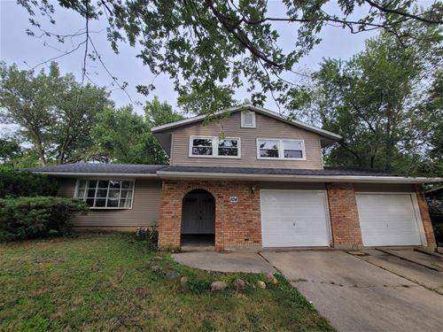 104 Glenwood, Morris, IL 60450