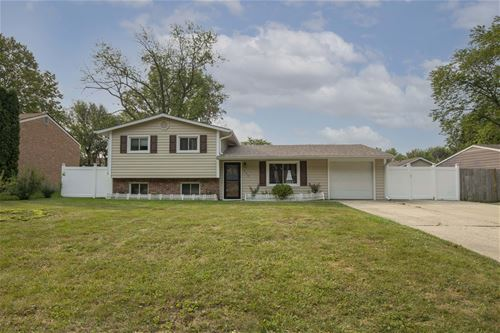 529 White Oak, Bolingbrook, IL 60440