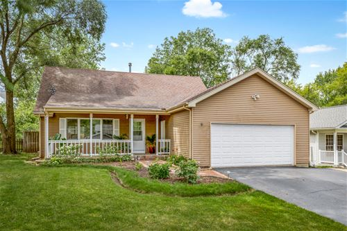 9 Wander, Lake In The Hills, IL 60156