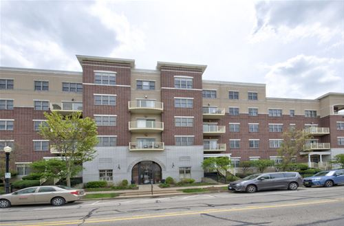 965 Rogers Unit 103, Downers Grove, IL 60515
