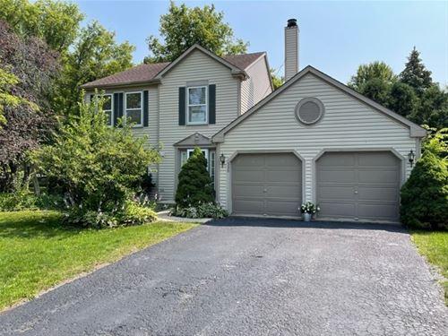 330 N Fiore, Vernon Hills, IL 60061
