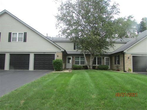 902 Oak Valley, Cary, IL 60013