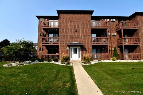 1138 Cedar Unit 1A, Glendale Heights, IL 60139