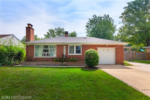 719 Spring, Roselle, IL 60172