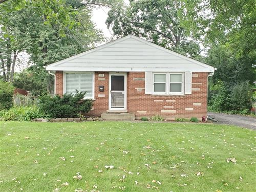 616 Spring, Roselle, IL 60172