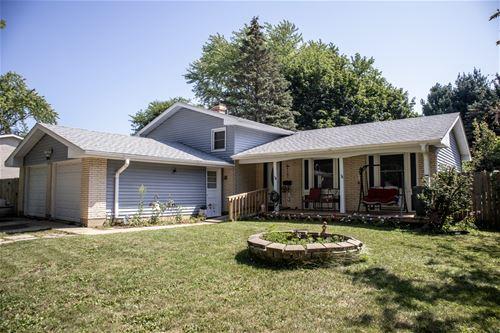 903 Darlington, Crystal Lake, IL 60014