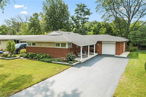 105 E Berkshire, Mount Prospect, IL 60056