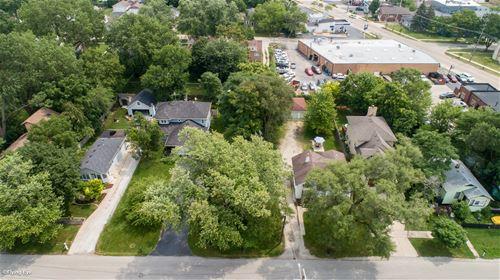 301 N Grant, Westmont, IL 60559