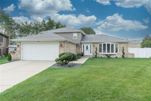 1331 W Horseshoe, Addison, IL 60101