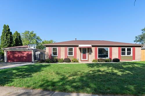 608 Newberry, Streamwood, IL 60107