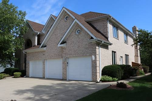 745 Red Maple, Roselle, IL 60172