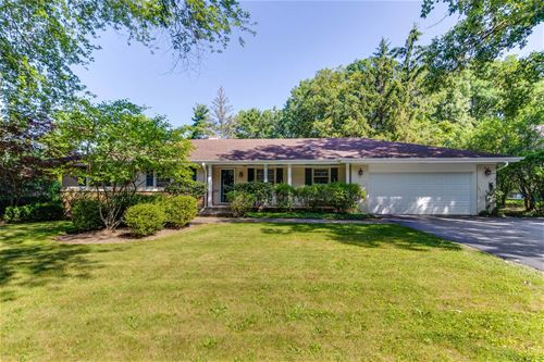 290 Hilldale, Lake Forest, IL 60045