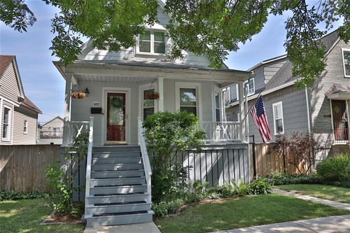 4127 N Albany, Chicago, IL 60618