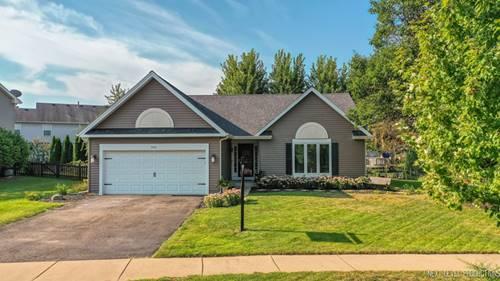 703 Pinehurst, Oswego, IL 60543